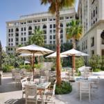 أجمل المطاعم في الهواء الطلق في فندق بلازو ڤيرساتشي دبي