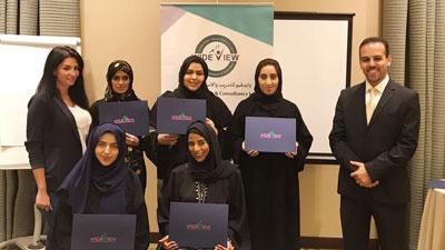 دبي للثقافة تنظم دورة خدمة المتعاملين المتميزة
