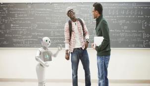 بيبر ... أول روبوت يلتحق بالمدرسة