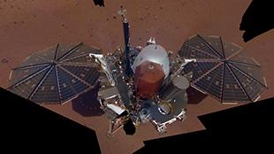 ناسا تنشر  أول صورة سيلفي من المريخ