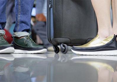 حذاء يغيّر شكله في ثواني... مناسب لكافة المناسبات والسفر!