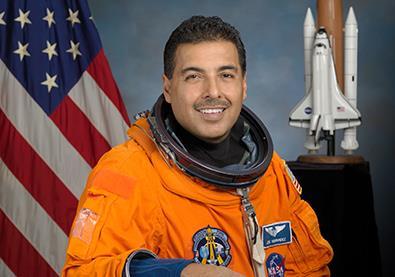 رائد الفضاء الذي رفضته وكالة ناسا 11 مرة!