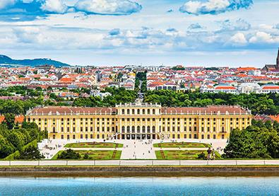 فيينا... وجهة السياحة التسوقيّة الأجمل في العالم