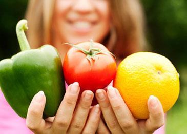 ما الفرق بين آكلي الخضروات vegetarian وبين النباتيين vegan