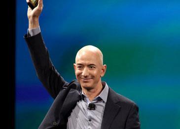 كيف تفوق جيف بيزوس مؤسس أمازون على بيل جيتس؟