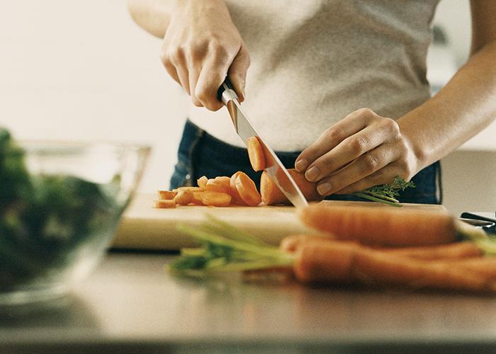 ستوارت والتون: خسارة الوزن تجمع بين الأكل المتوازن والرياضة