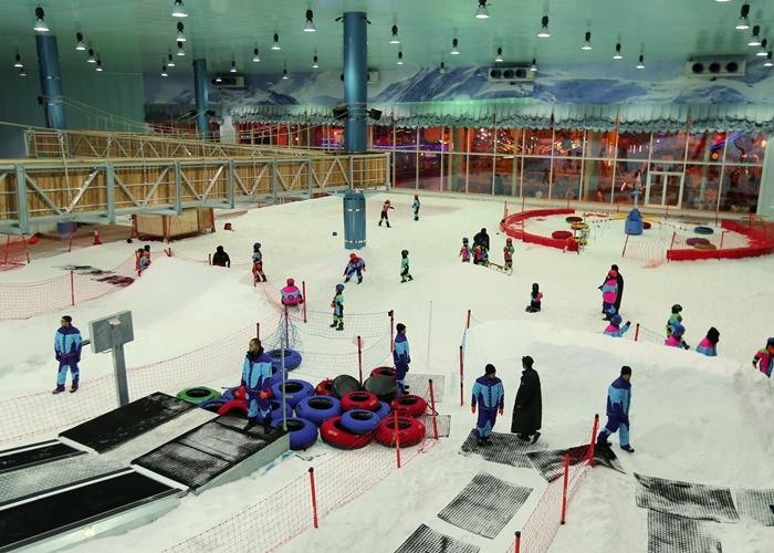 """تعمد شركة Saudi على افتتاح مشروعها الجديد """"Snow City"""" في مركز التّسوّق في الرياض"""