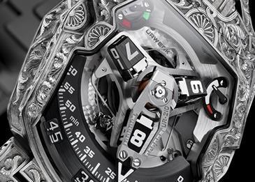 UR-210 Dubai ساعة فريدة من نوعها مزينة بالحفر على يدي الخبير فلوريان غوليرت