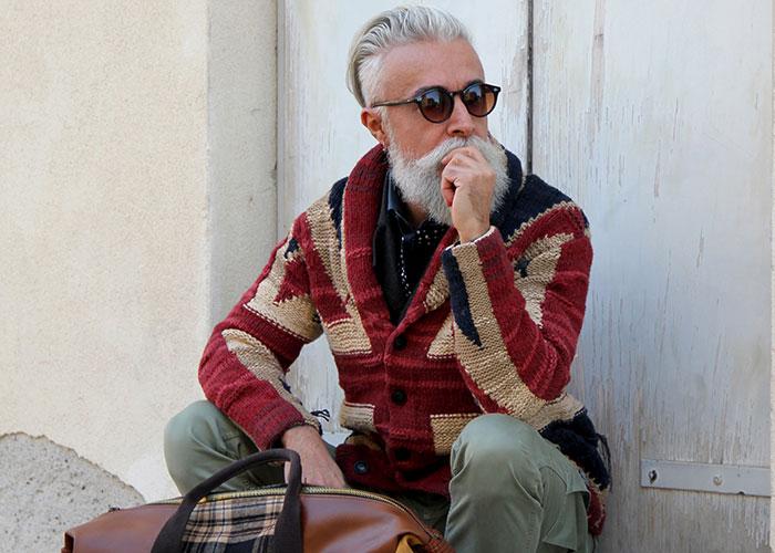 عارض الأزياء أليساندرو مانفريديني: العمر ليس إلا رقماً لتسجيل النجاح