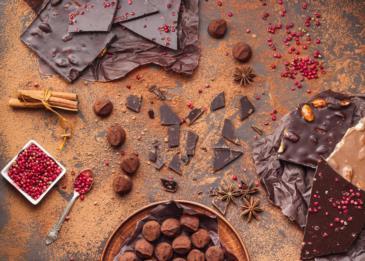 هل أنت من محبي الشوكولاته الداكنة؟ هذا ما يميزها عن الشوكولاته بالحليب