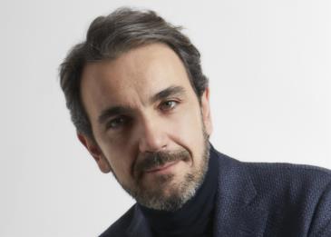 ستيفانو غاوديوسو لرائد: يجب أن يهتم الرجل باختيار خامة الملابس أكثر من شكلها