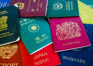 تعرف على معنى لون جواز السفر الخاص بك !
