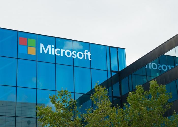 شركة Microsoft توقّع عقدًا مع وزارة الدفاع بقيمة 927 مليون$!