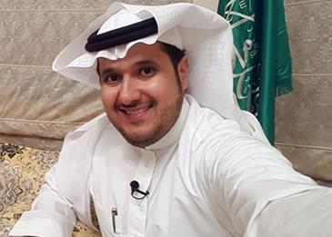 بعد تعرضه لحادث في بريطانيا قبل أيام.. وفاة الإعلامي فهد الفهيد