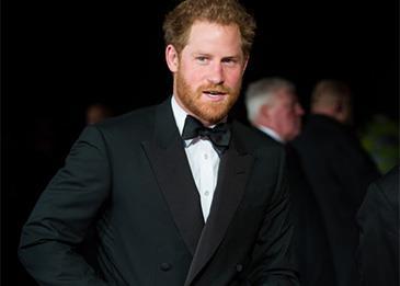 الأمير هاري... أناقة وستايل فريد: اليك أبرز لوكاته!
