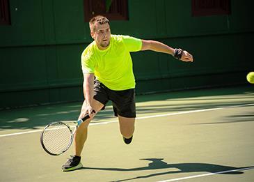 من بينها التنس والتايكوندو إليك قائمة بالرياضات التي تحرق عددًا هائلًا من السعرات الحرارية