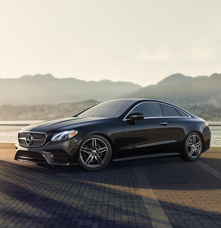 """مرسيدس-بنز تسرّع عجلة الحلول الرقمية من خلال نظام """"Mercedes me connect"""""""