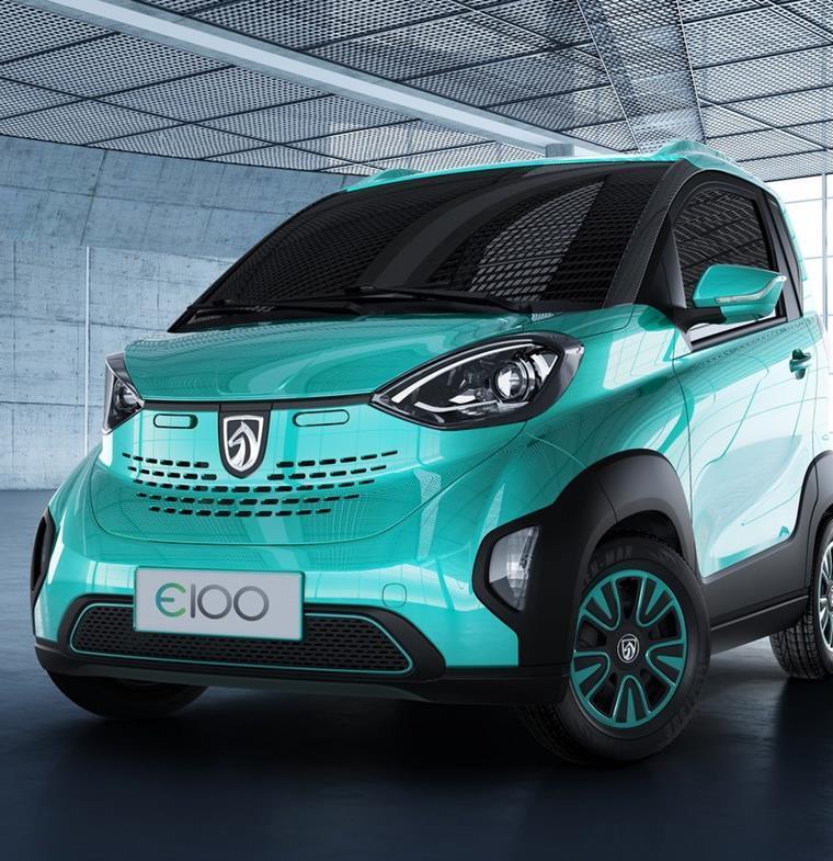 جنرال موتورز تكشف عن سيارة كهربية في الصين بثمن 5000 دولار !