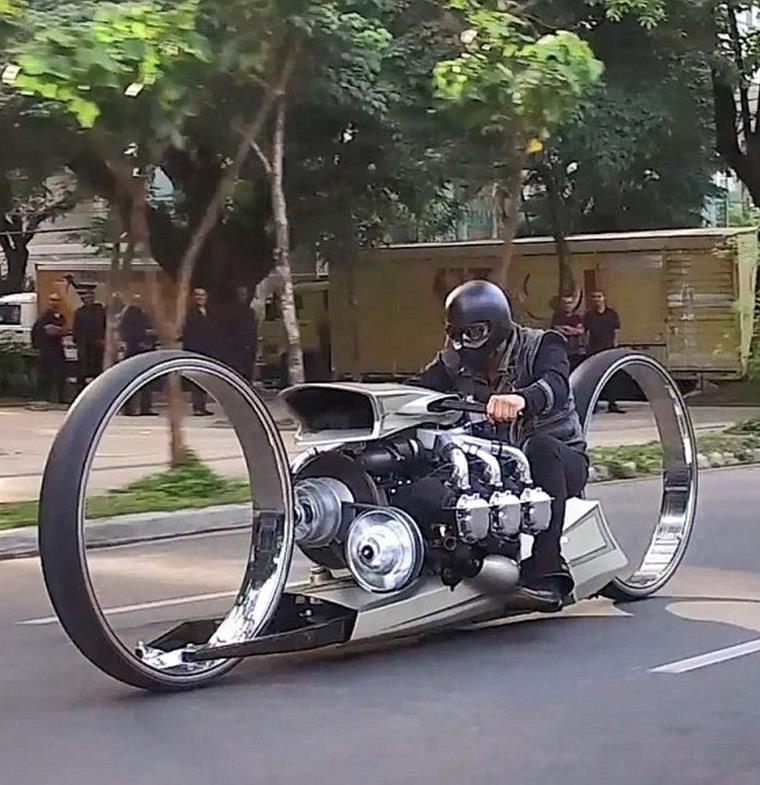 دراجة TMC Dumont البخارية فائقة الأناقة .. اكتشف مزاياها !