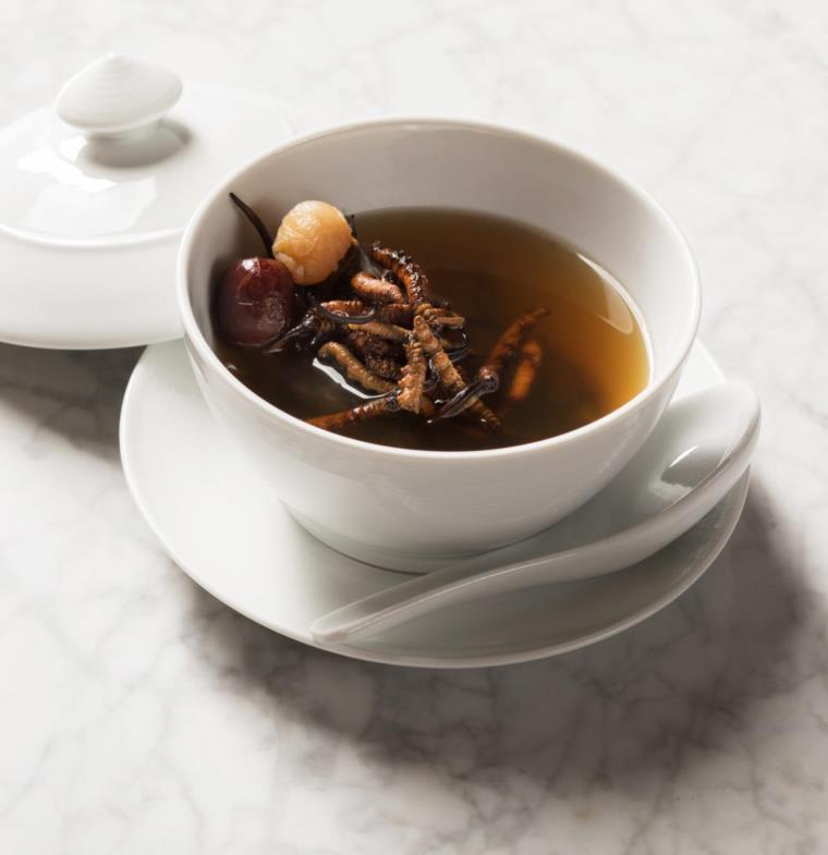 أغلى وعاء للحساء في العالم بثمن قدره 688 دولار !