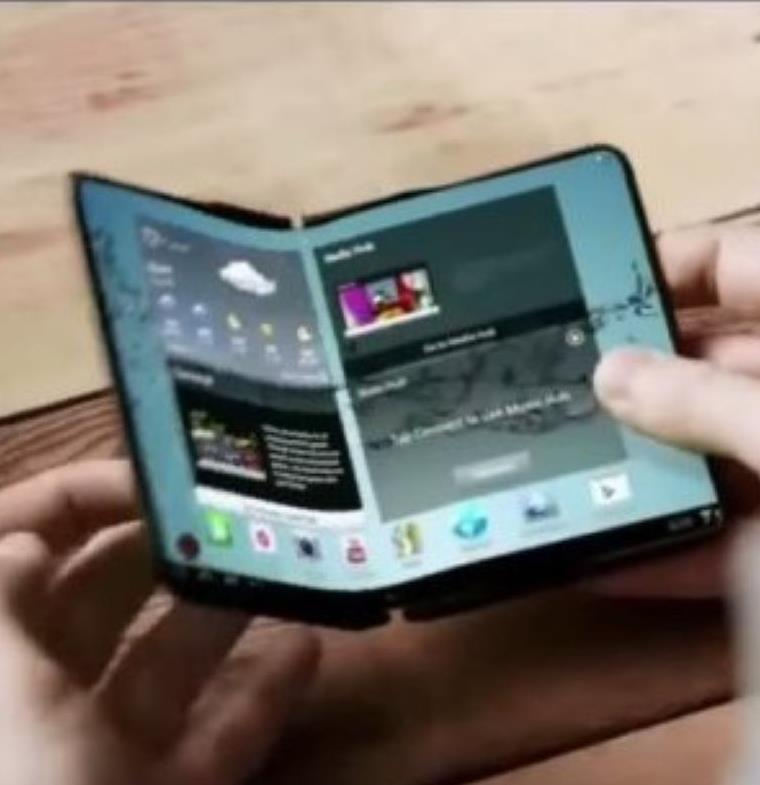 أبل تتقدم ببراءة اختراع جديدة لهاتف ذو تصميم مطوي شبيه بالكتاب
