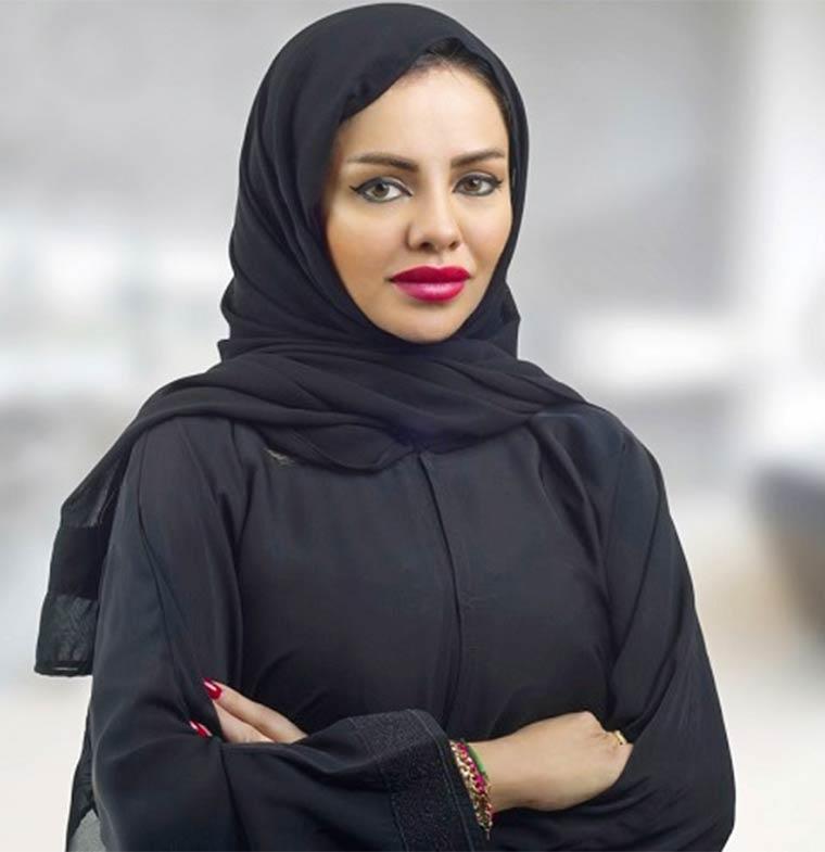 السعودية تخطو على خطى الإمارات.. تعيين أول موظف سعادة