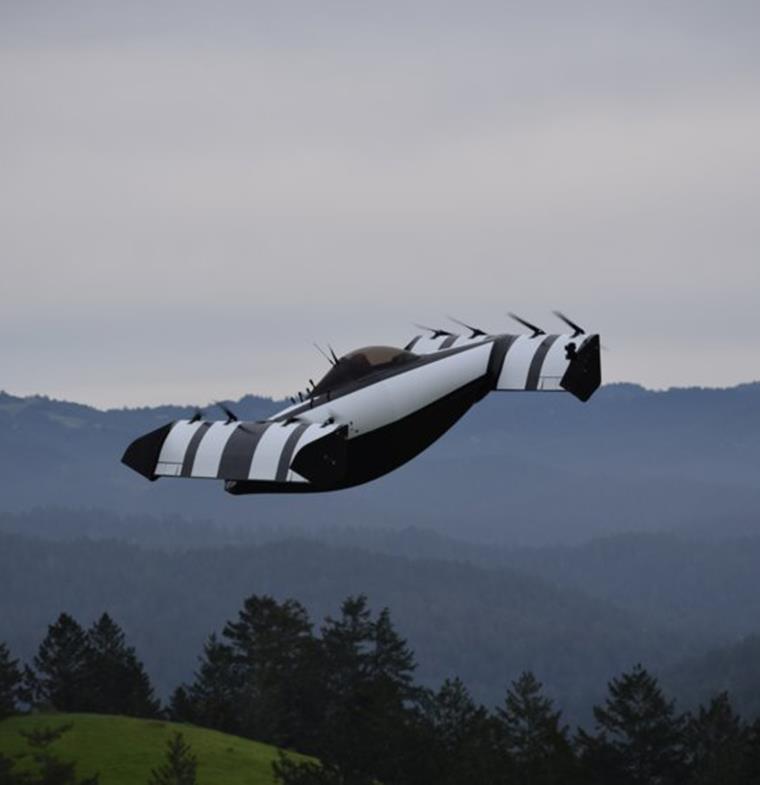 سيارة طائرة يمكن لأي شخص قيادتها: BlackFly ... المستقبل وصل!