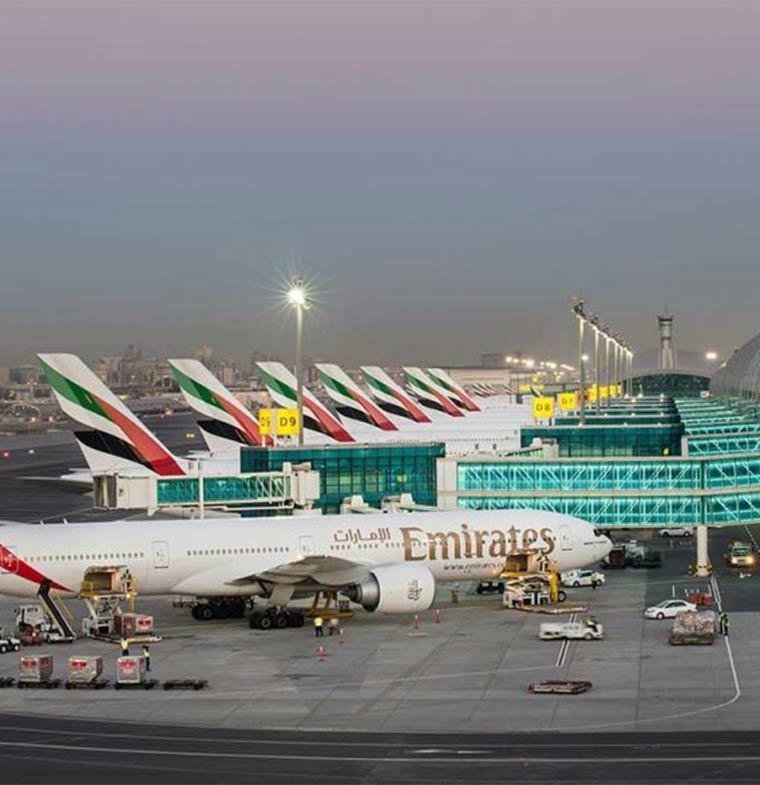 الإمارات تسمح لرعايا 54 دولة دخول أراضيها دون تأشيرة مسبقة
