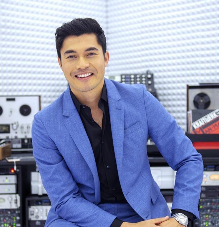 من مقدم برنامج تلفازي لنجم فيلم 'Crazy Rich Asians' الناجح: نظرة على رحلة نجاح هينري جولدينج