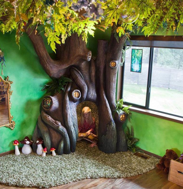 """أرادت """"شجرة"""" داخل غرفتها... فلبى والدها رغبتها بطريقة تحبس الأنفاس"""