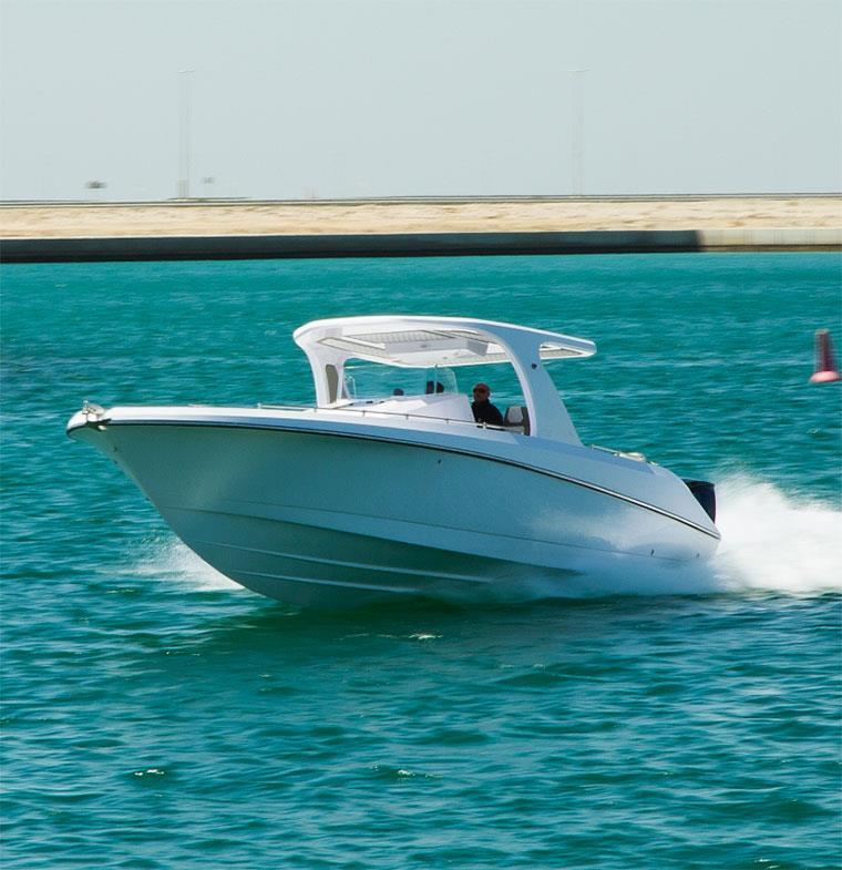 سوبريما للقوارب تطلق أول طراز جديد في معرض الكويت لليخوت