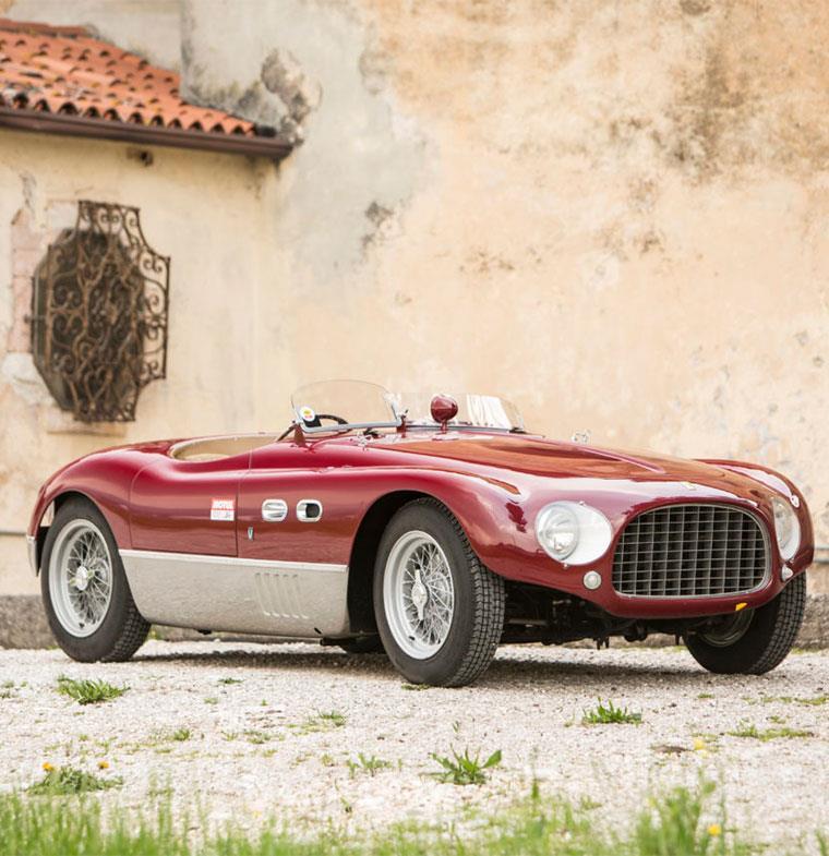 فيراري 1953: سيارة بتاريخ حافل يستحق 8 مليون دولار