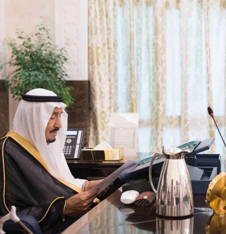 السعودية تقرر تحمل غرامة تأخر تجديد الإقامة بسبب المستحقات المتأخرة
