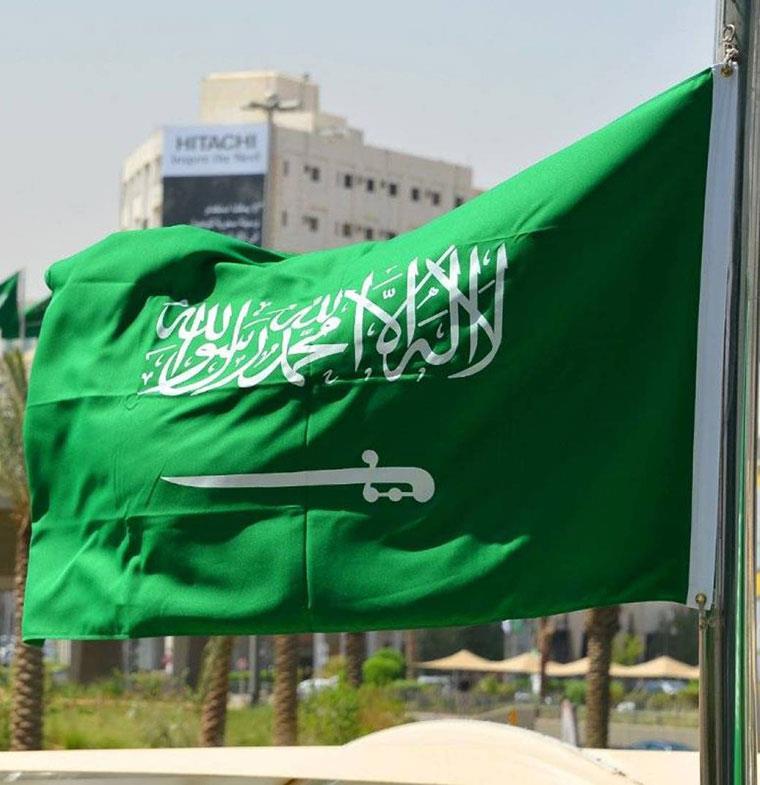 بعد توطين 5 قطاعات... خبراء اقتصاديون: 20 ألف وظيفة تنتظر السعوديين