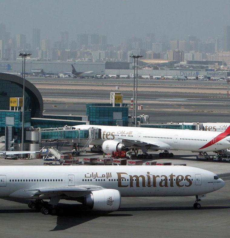 الإمارات والسعودية تدرسان إنشاء سوق طيران مشتركة
