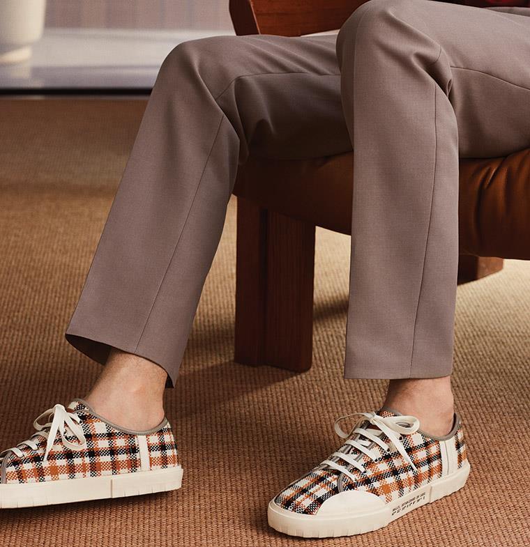 حذاء Vulko الرياضي الجديد من Bally... تصميم يبعث في النفس حنيناً إلى الماضي