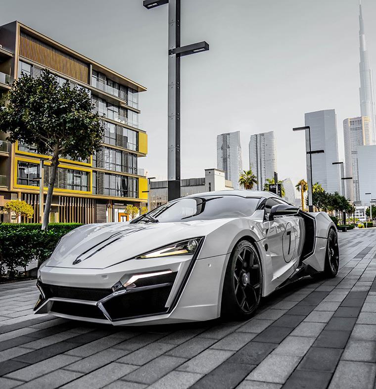 دبليو موتورز ستشارك في كونكورس عام زايد بسيارتين أيقونيتين