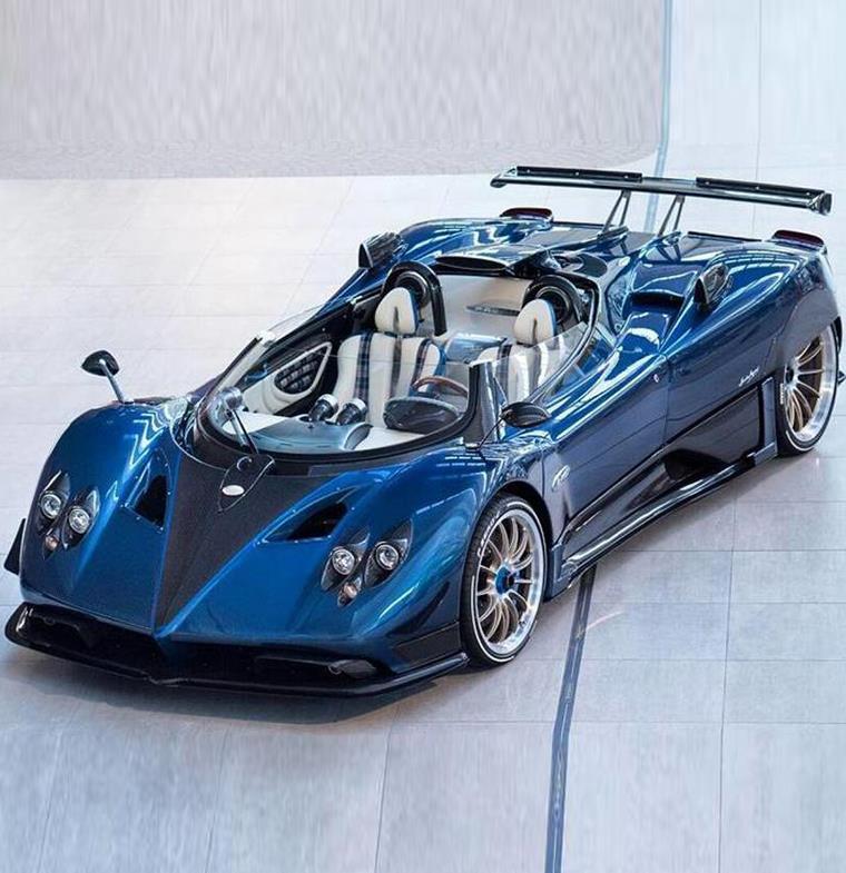 نظرة على أغلى سيارات العالم:  Pagani Zonda HP Barchetta... مواصفات فخمة تليق بسعرها