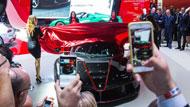 معرض باريس للسيارات ... سيارات هجينة وخارقة