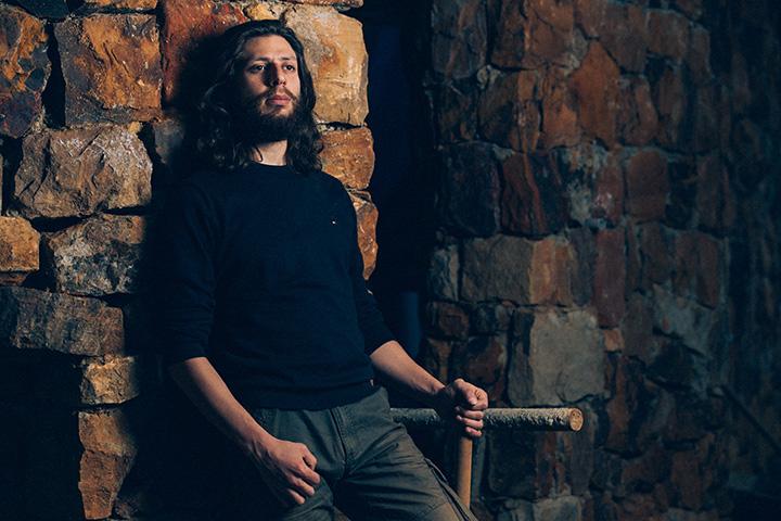 نزار حداد: أستوحي تصاميمي من المجتمع الذي يحيط بيّ